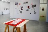 Impressionen der Ausstellung »Der Fleck. Der Strich. Die Type.« mit Nuë Ammann und Katrin Kratzenberg